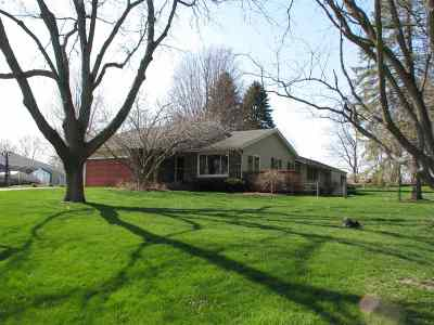 Byron IL Single Family Home For Sale: $209,900