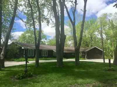 Machesney Park Single Family Home For Sale: 11052 Ventura Boulevard
