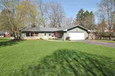 Rockford Single Family Home For Sale: 920 Coolidge Place
