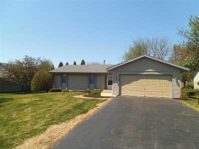 Loves Park Single Family Home For Sale: 6148 Tudor Lane