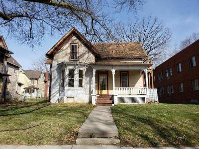 Rockford Single Family Home For Sale: 910 N Court Street