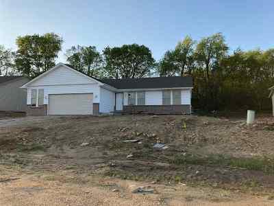 Roscoe Single Family Home For Sale: 785 Acadia Street