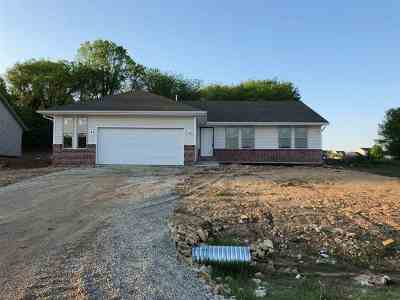 Roscoe Single Family Home For Sale: 771 Acadia Street