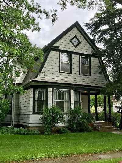 Byron Single Family Home For Sale: 115 E 3rd Street