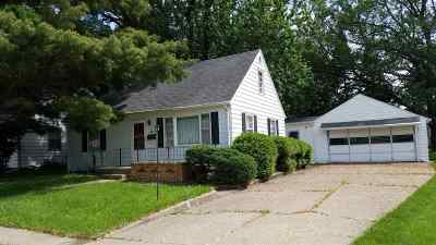Ogle County Single Family Home For Sale: 407 E Hill Street