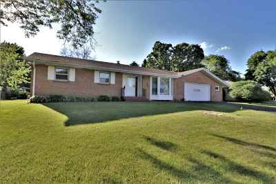 Rockford Single Family Home For Sale: 5434 Brookview Road