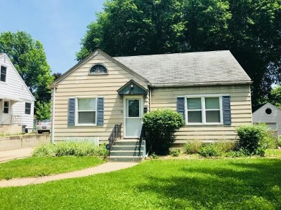 Rockford Single Family Home For Sale: 2036 22nd Street