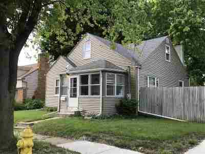 Rockford Single Family Home For Sale: 2342 17th Avenue