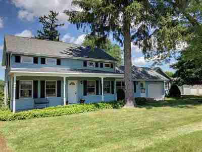 South Beloit Single Family Home For Sale: 1120 Manchester Road
