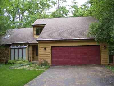 Rockford Single Family Home For Sale: 4106 Eaton Drive