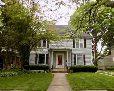 Rockford Single Family Home For Sale: 220 Paris Avenue