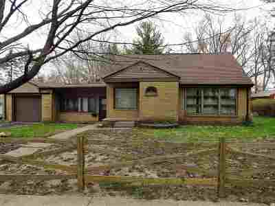 Rockford Single Family Home For Sale: 3830 16th Avenue
