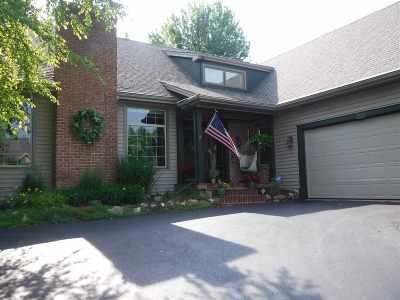 Rockford Single Family Home For Sale: 2829 Cotswold Circle