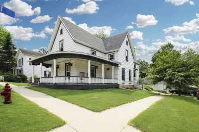 Stephenson County Single Family Home For Sale: 290 N Mill Street