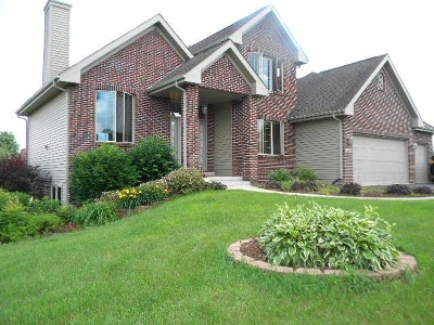 South Beloit Single Family Home For Sale: 15859 Carries Lane