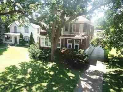 Freeport Multi Family Home For Sale: 685 W Stephenson Street
