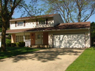 Stephenson County Single Family Home For Sale: 1332 Empire Court