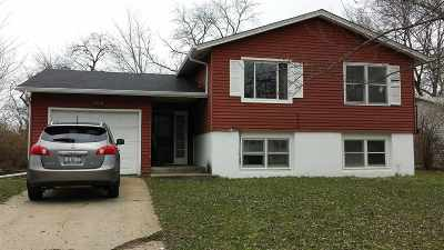 Rockford IL Single Family Home For Sale: $69,900