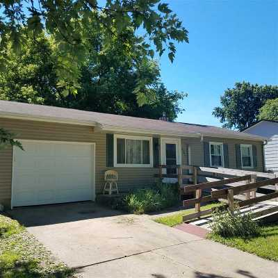 Loves Park Single Family Home For Sale: 2201 Winters Drive