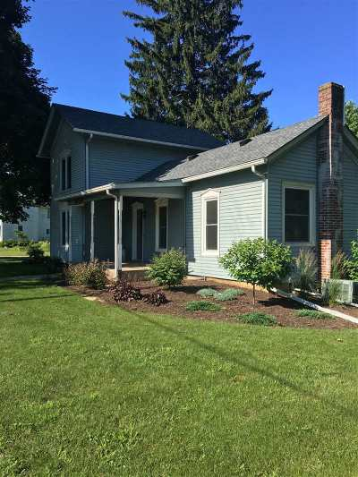 Ogle County Single Family Home For Sale: 302 N 2nd Street