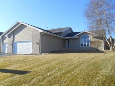 Rockford Single Family Home For Sale: 3838 Golden Prairie