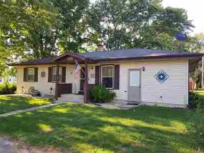 Ogle County Single Family Home For Sale: 108 W 2nd Street