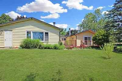 Stephenson County Single Family Home For Sale: 115 W Washington Street