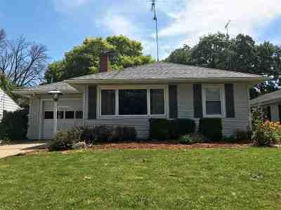 Freeport Single Family Home For Sale: 65 N Park Boulevard