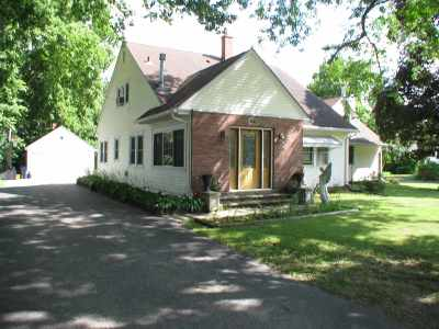 South Beloit Single Family Home For Sale: 1819 Blackhawk Boulevard