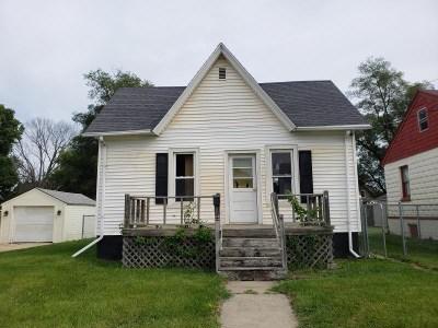 South Beloit Single Family Home For Sale: 615 Gardner Street
