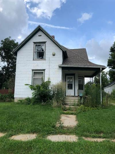 Belvidere Single Family Home For Sale: 707 W Perry Street