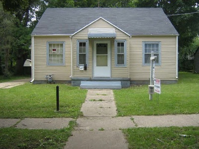 Rockford Single Family Home For Sale: 305 Foster