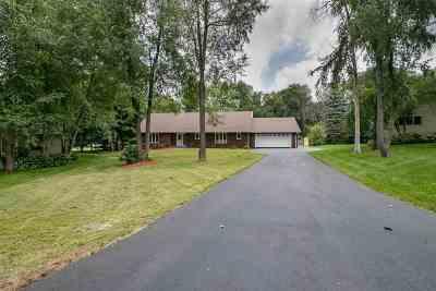 Rockford Single Family Home For Sale: 1611 Viking Court