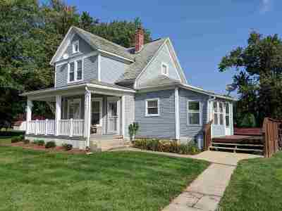Ogle County Single Family Home For Sale: 102 W Olive St