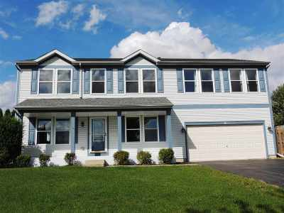 Boone County Single Family Home For Sale: 331 Greenview Court