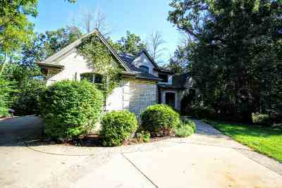 Rockford Single Family Home For Sale: 5966 Cambridge Chase
