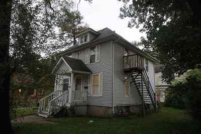 South Beloit Multi Family Home For Sale: 432 Oak Grove Avenue