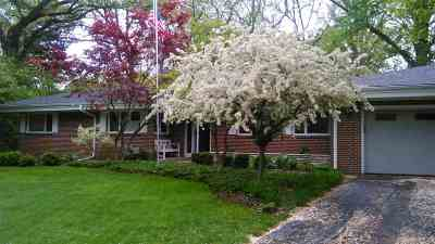 Rockford Single Family Home For Sale: 10 Clayshire Lane