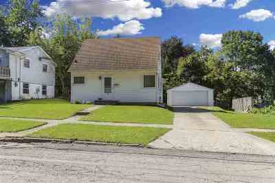 Freeport Single Family Home For Sale: 218 N Foley Avenue