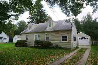 Loves Park Single Family Home For Sale: 5409 Hollis Avenue