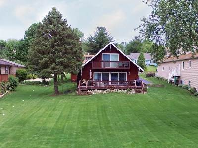 Stephenson County Single Family Home For Sale: 869 Breckenboro Road