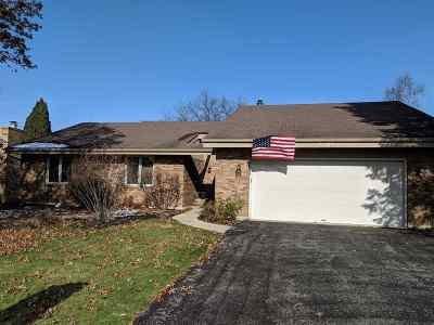 Rockford Single Family Home For Sale: 5636 Thunderidge Drive