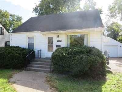Loves Park Single Family Home For Sale: 801 E Riverside Boulevard