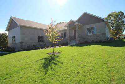 Boone County Single Family Home For Sale: 7715 Bel-Mar Drive