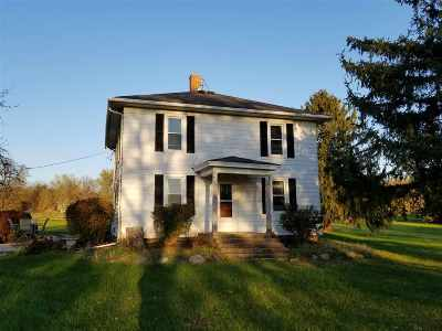 Stillman Valley Single Family Home For Sale: 8378 N Hales Corner Road