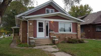 Loves Park Single Family Home For Sale: 5111 N 2nd Street
