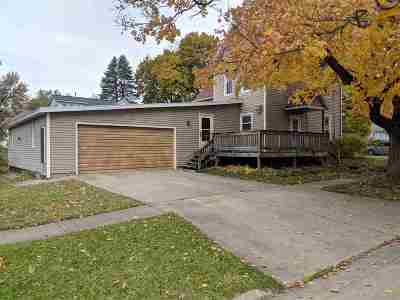 Freeport Single Family Home For Sale: 624 S Harlem Avenue