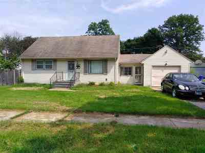 Rockford Single Family Home For Sale: 3023 Ellen Avenue