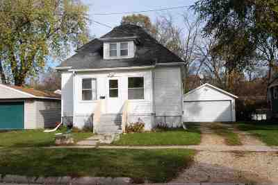 Single Family Home For Sale: 645 Northwestern Avenue