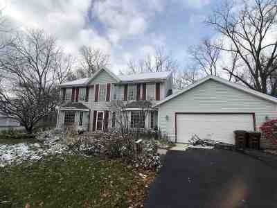 Ogle County Single Family Home For Sale: 128 S Fox Run Lane